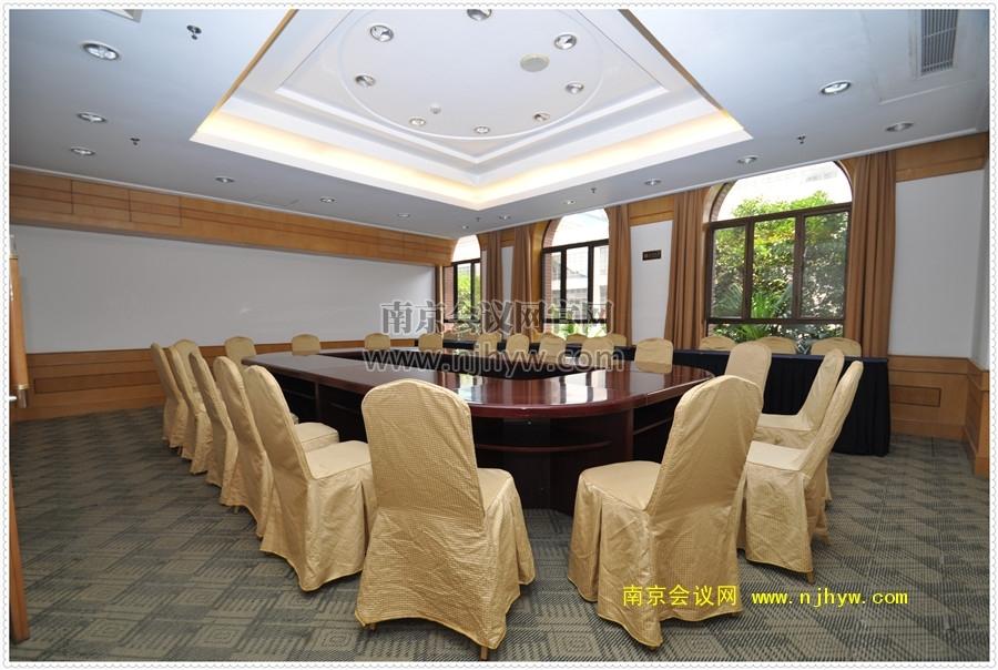 1号楼210会议室