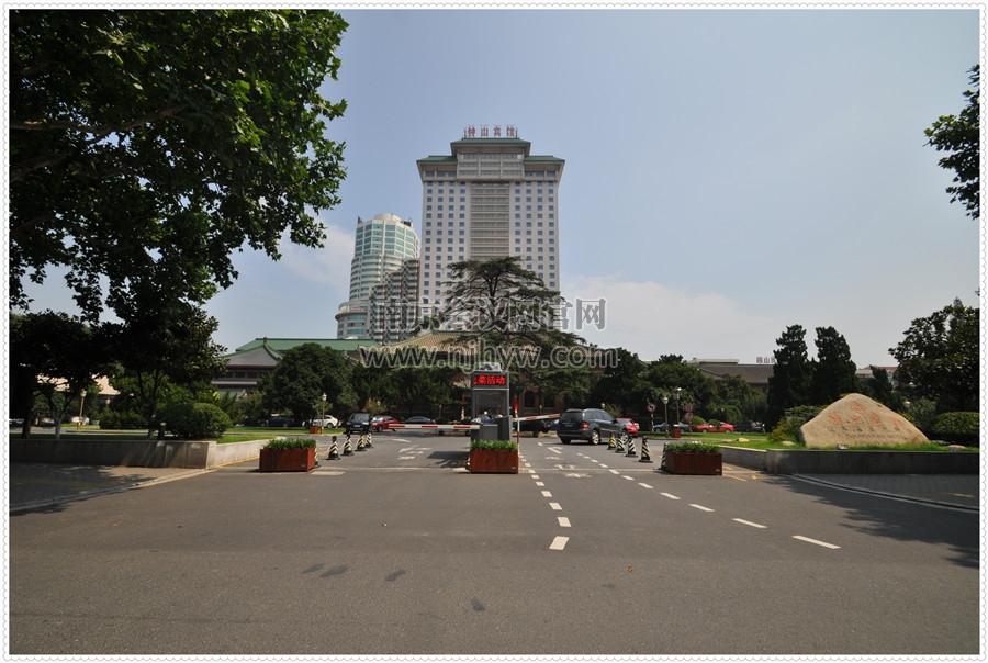 江苏省会议中心外观