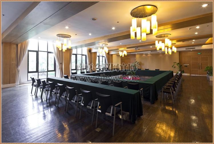 中会议室B1-06
