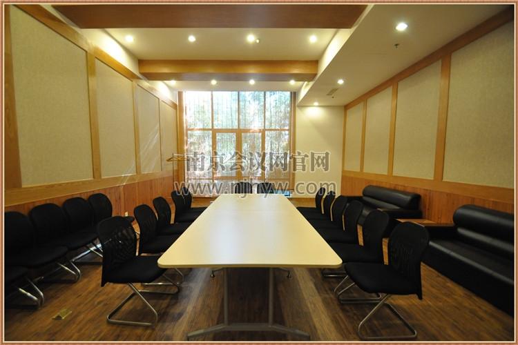 小会议室B1-05正面