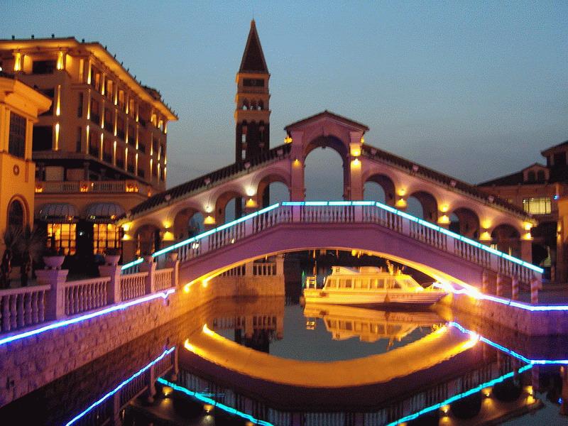 苏宁威尼斯酒店 夜景7