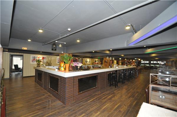 2楼西餐厅