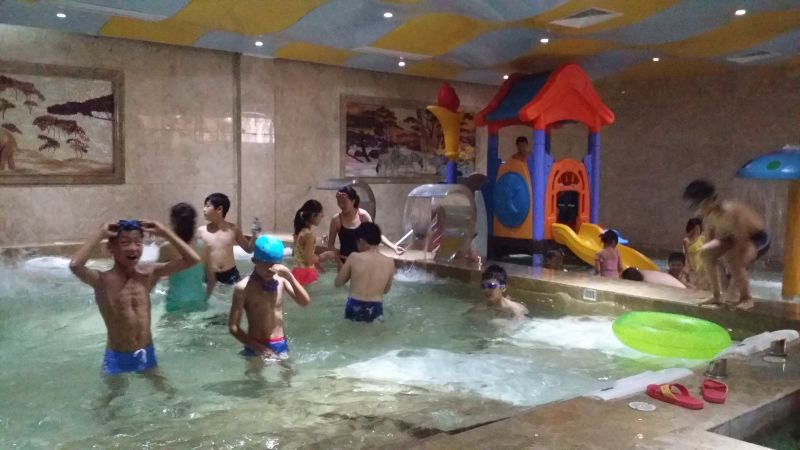 溫泉理療池