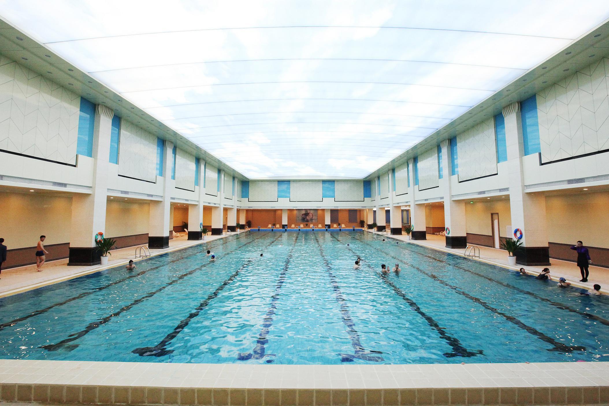 室內恒溫泳池