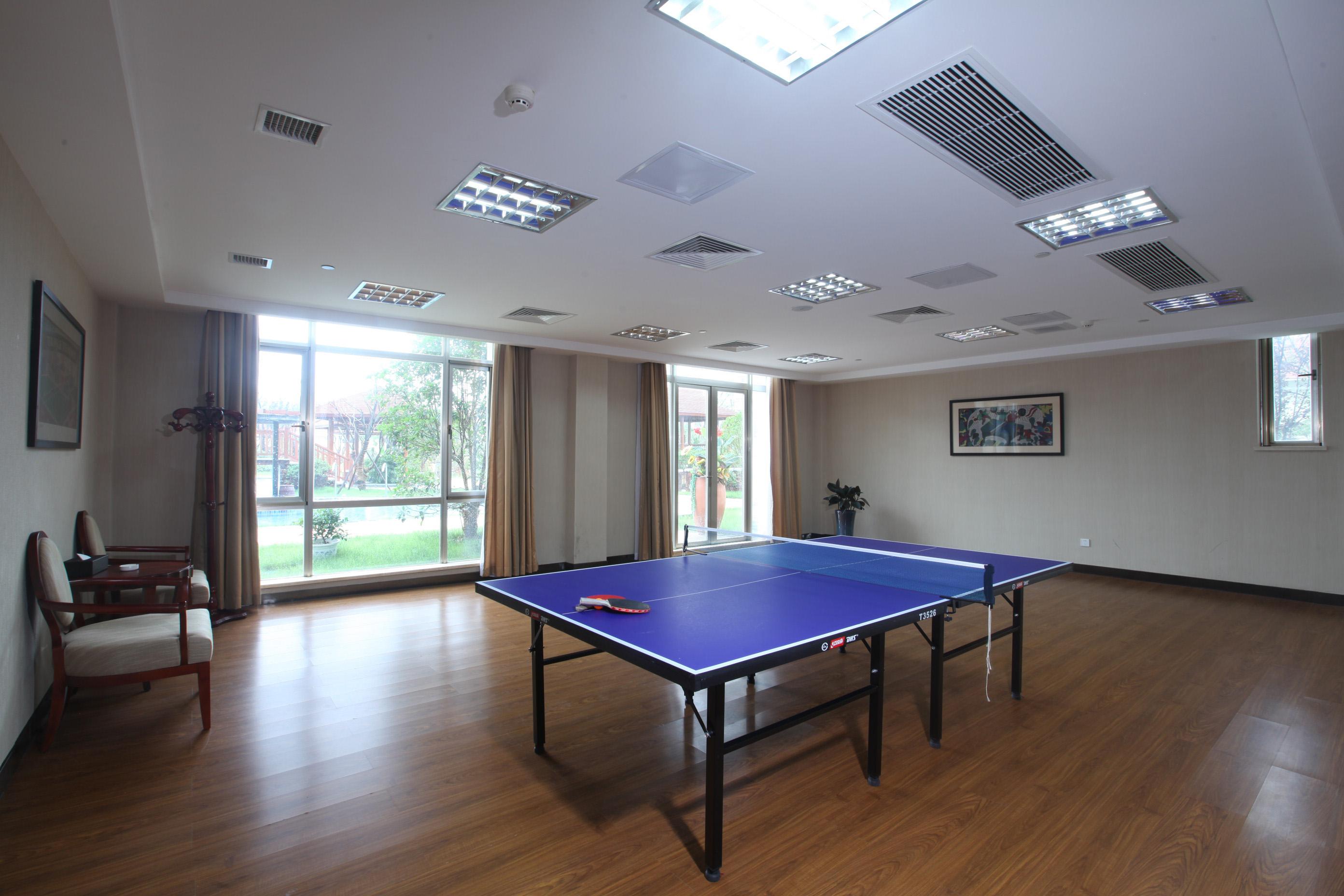 康乐-乒乓球室
