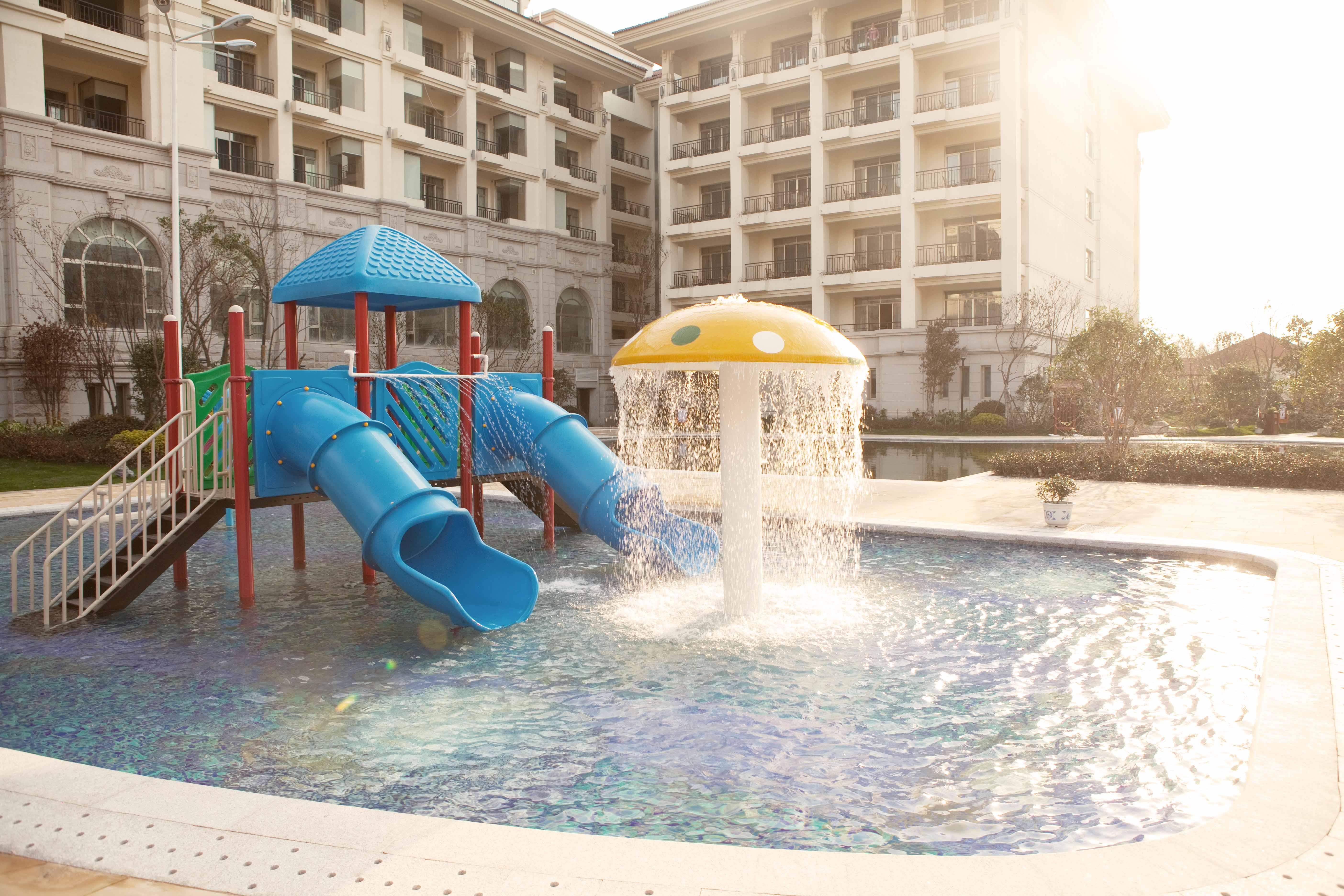 温泉-水上欢乐世界-儿童游乐池